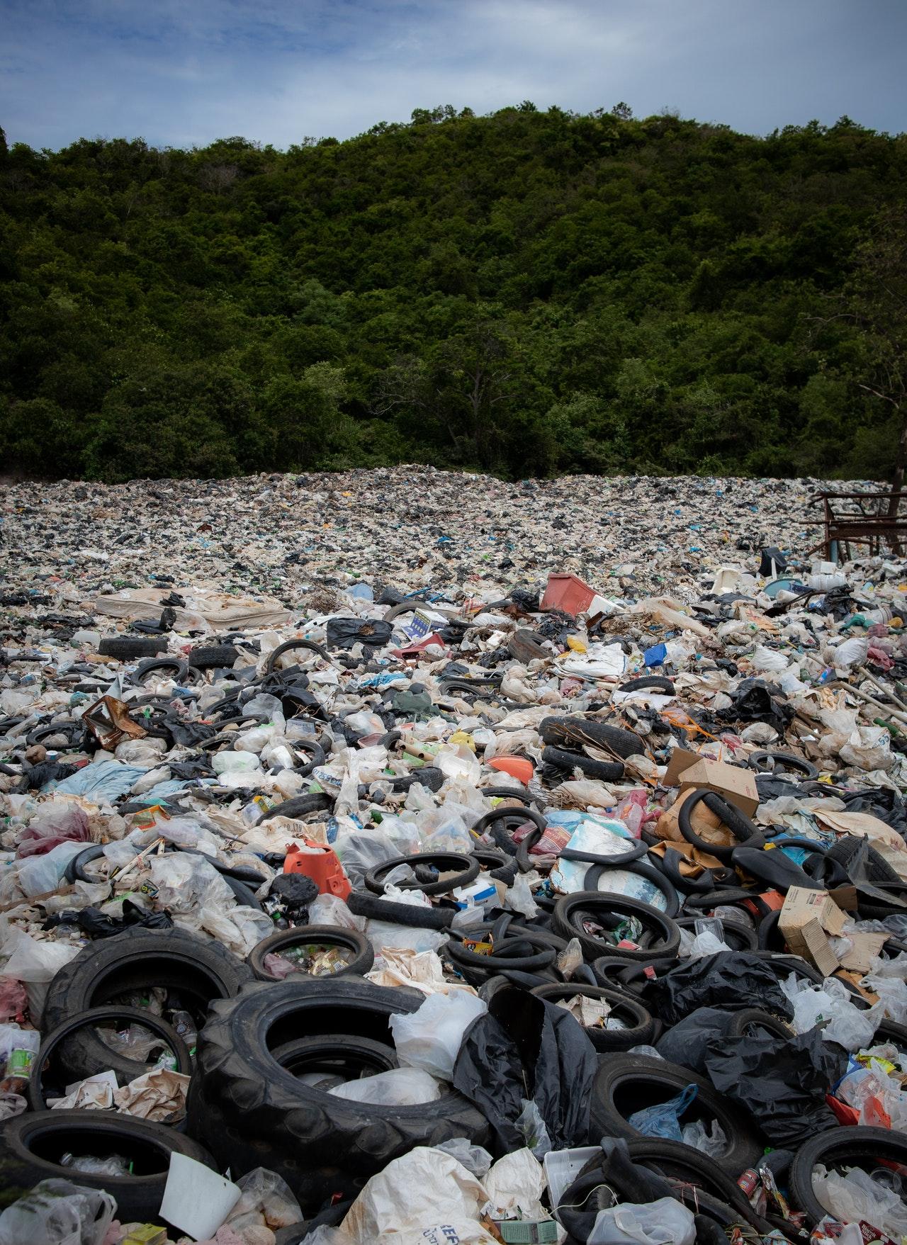suelo contaminado por desechos domesticos